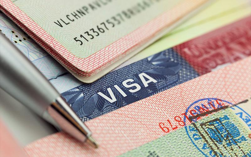 La verdadera tolerancia cero es del USCIS frente al fraude de visa y este es un ejemplo