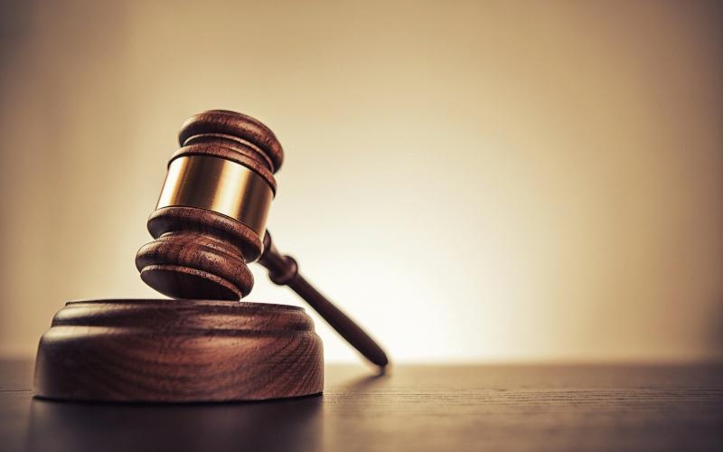 Juez bloquea la regla de 'carga pública' de Trump